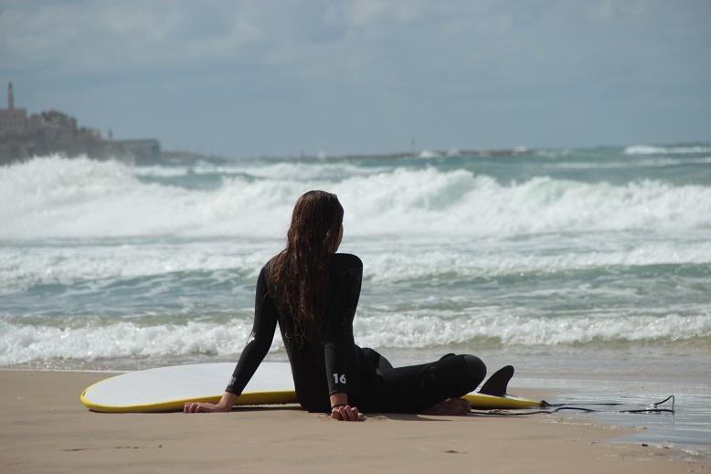 Surfergirl Tel Aviv Israel